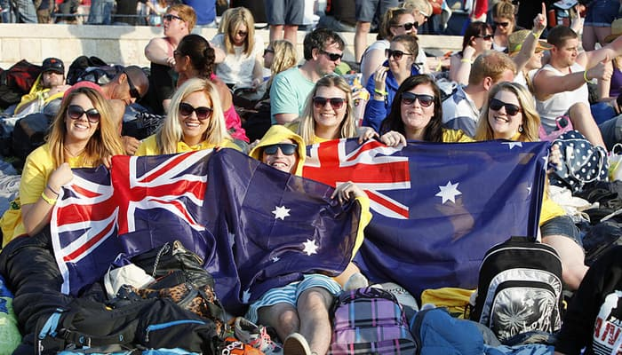 Young Australians at the Gallipoli dawn service, 2013 (Flickr: Department of Veterans' Affairs (Australia))