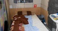 Tại Docklands, có sáu cô gái bị nhét sống trong một phòng ngủ thuộc một phòng cao ốc, trong đó đặt bốn giường trong phòng ngủ và hai giường ngủ trong phòng khách.