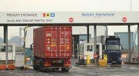 4 người Ba Lan lái các xe tải cũng bị bắt và thẩm vấn với cáo buộc hỗ trợ nhập cư bất hợp pháp. Một quan chức địa phương mô tả đây là một trong những vụ bắt giữ người nhập cư lớn nhất trong vùng.