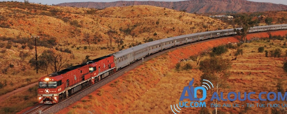 the-ghan-amazing-train-adventure