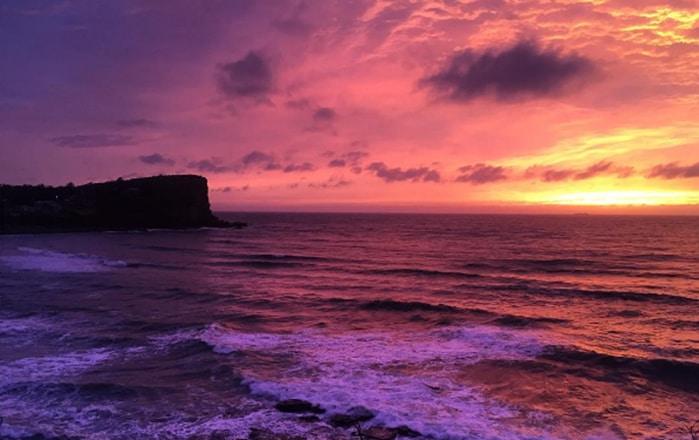 Sydney: Đắm mình trong khung cảnh bình minh đẹp rạng rỡ trước bão lớn - ảnh 1