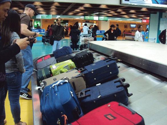 Kết quả hình ảnh cho hành lý du lịch nước ngoài