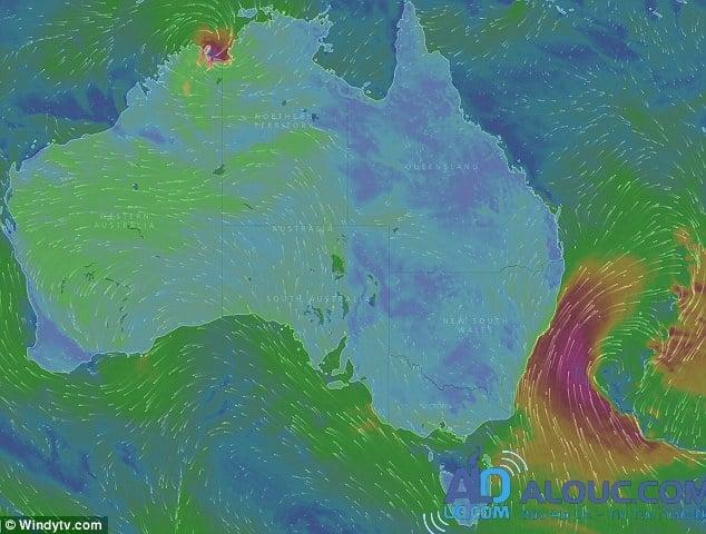 NSW: Cảnh báo biển động mạnh với những con sóng cao tới 4m