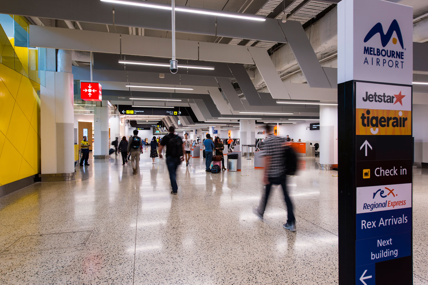 melbourne airport sits right - HD1500×1001
