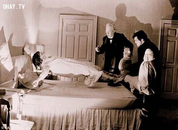 ảnh Ma quỷ,nhập hồn,kinh thánh,lễ trừ tà,Đức thánh cha,nhà thờ,linh mục,chuyện rùng rợn,chuyện ma có thật,kinh dị