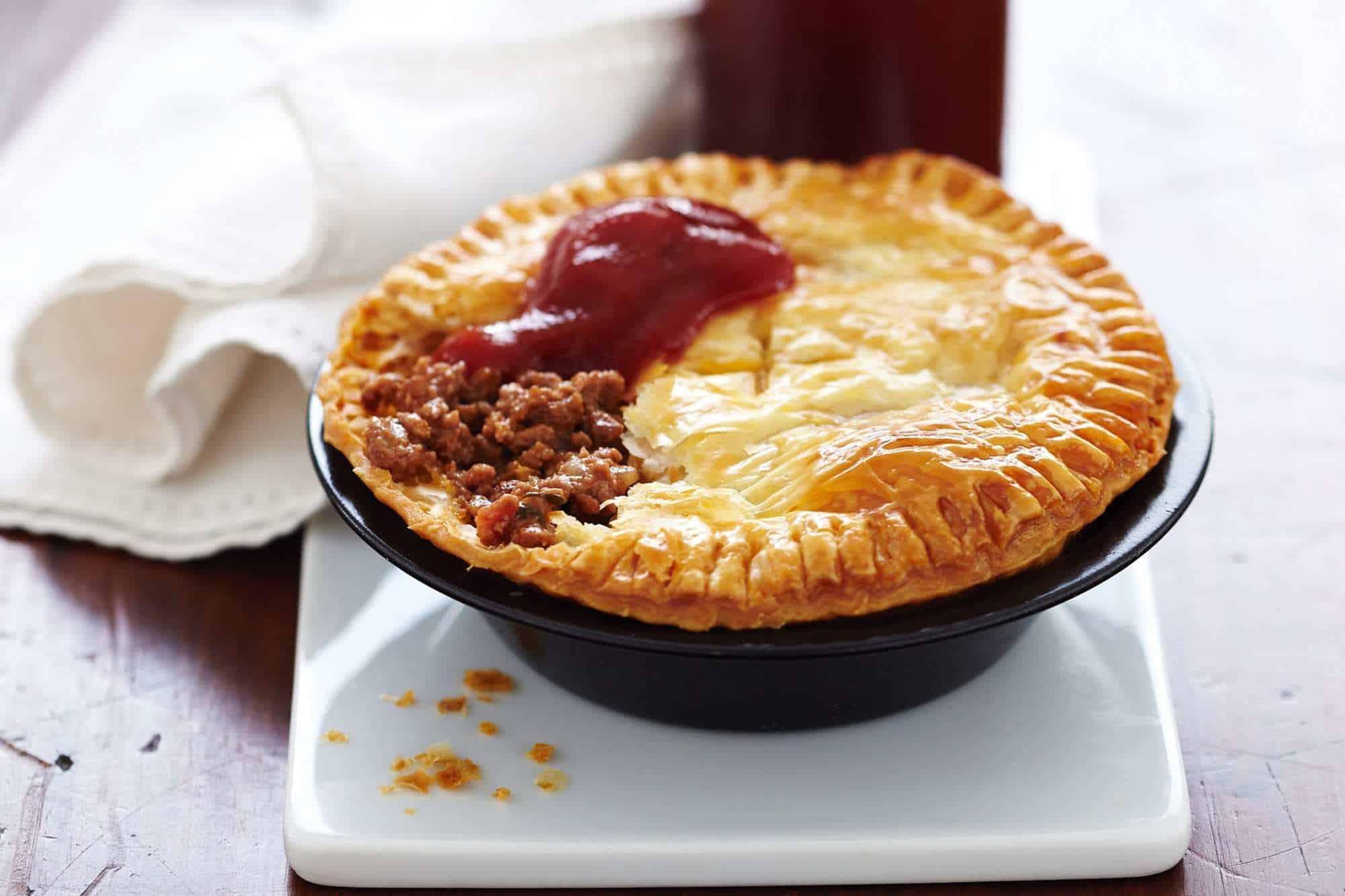 Món bánh nhất định phải ăn cho bằng được nếu có dịp đến Úc để không phí cả chuyến đi - Ảnh 1.