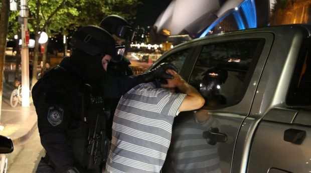 yH5BAEAAAAALAAAAAABAAEAAAIBRAA7 - Cảnh sát triệt phá đường dây buôn bán ma tuý ngay trung tâm Thành phố Sydney