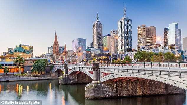 yH5BAEAAAAALAAAAAABAAEAAAIBRAA7 - Jetstar GIẢM GIÁ các chuyến bay nhân dịp Giáng sinh: Úc - TP Hồ Chí Minh chỉ từ $109