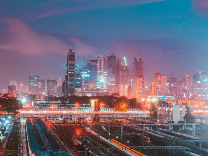 15 thành phố trả lương cho người nước ngoài cao nhất thế giới - Ảnh 1
