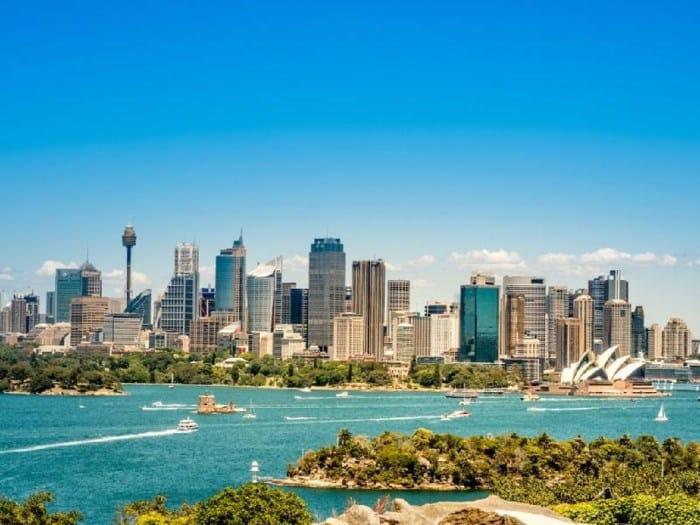 15 thành phố trả lương cho người nước ngoài cao nhất thế giới - Ảnh 13