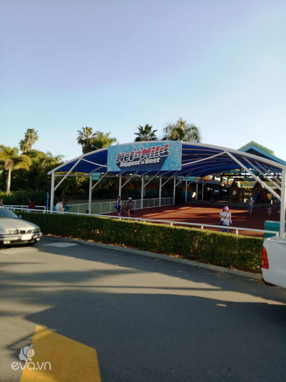 Dạo chơi 2 công viên giải trí cực xịn ở Gold Coast - Úc - 8