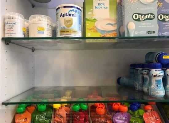 """Úc và các nước khác """"tuyên chiến"""" với thực trạng vơ vét sữa bột trẻ em bán sang Trung Quốc"""
