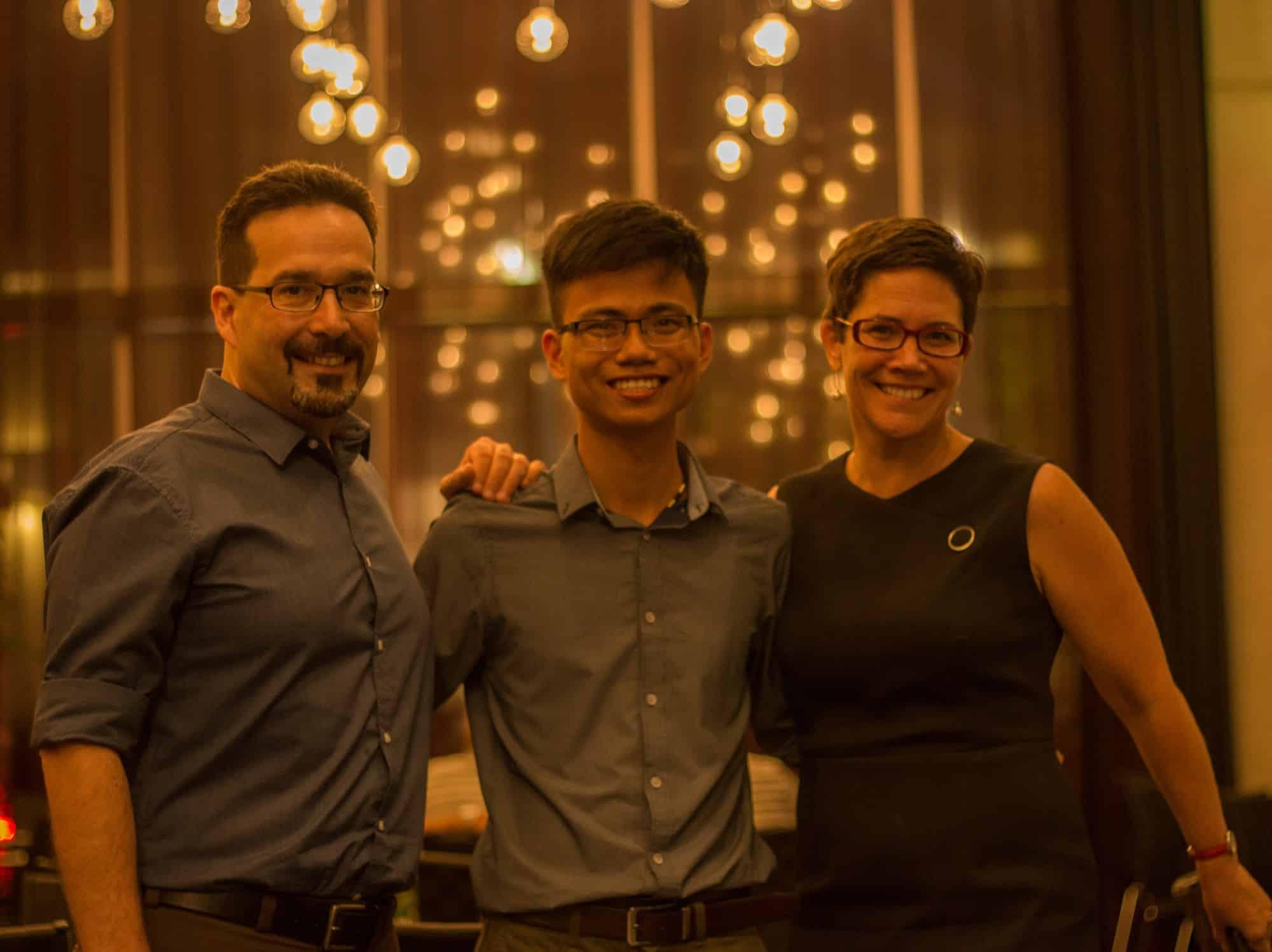 Bỏ học đi bán mắm cá, ở nhà tự học tiếng Anh, chàng trai Quảng Trị nhận học bổng du học Úc - Ảnh 4.