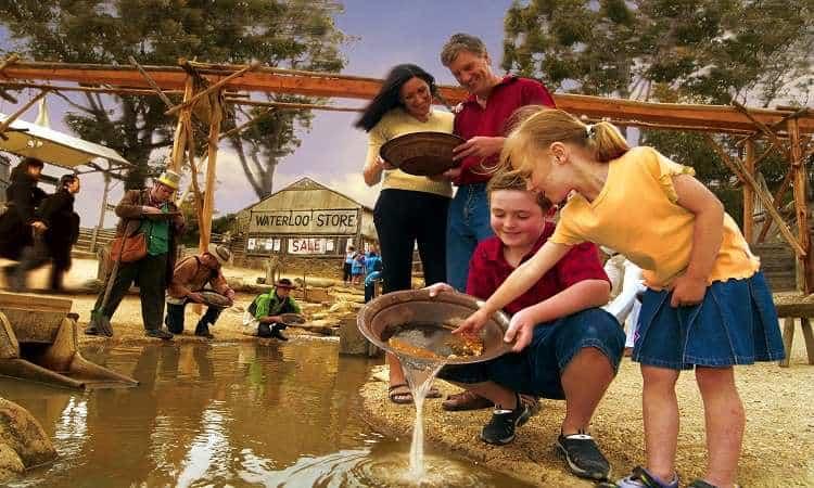 Du lịch thành phố Ballarat: Đi đào vàng mang về
