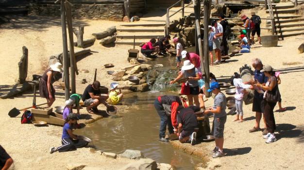 Ballarat - nơi khách du lịch đang tìm kiếm vận may - Ảnh: N.P.Q.M.