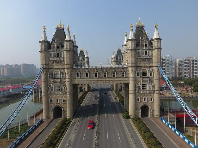 Cầu Tháp London rởm ở Trung Quốc