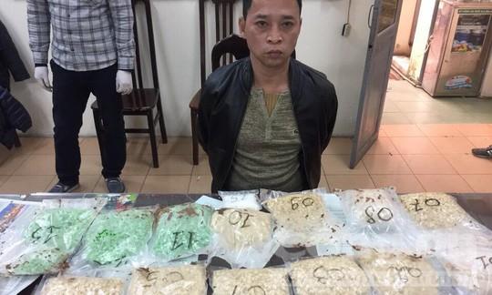 Bắt Việt kiều làm bầu sô ca nhạc cầm đầu đường dây ma túy - Ảnh 1.