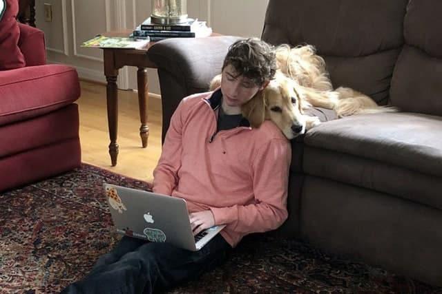 Nhờ nghề đánh giá chó online, anh chàng này vẫn kiếm được cả trăm nghìn USD/năm dù không học Đại học - Ảnh 5.