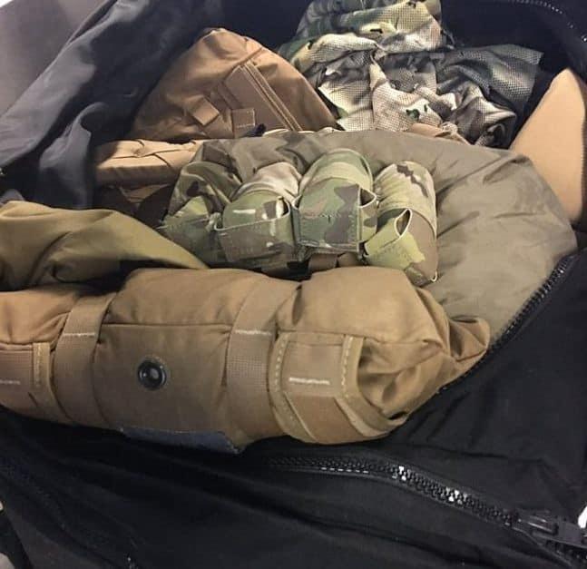 Những thứ kỳ quái từng bị thu giữ tại sân bay, trong đó thậm chí có cả một cậu bé bị nhét vào hành lý - Ảnh 8.