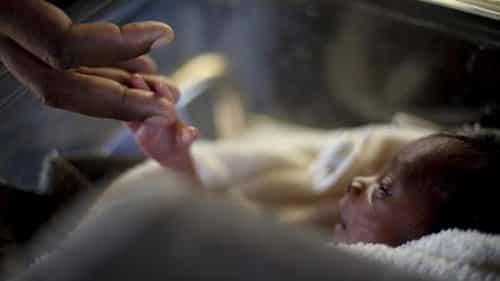 Một đứatrẻ sơ sinh. Ảnh: Reuters