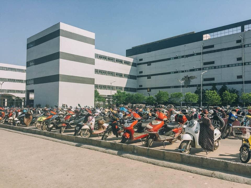 Bên trong thành phố iPhone sản xuất 500.000 chiếc/ ngày ở Trung Quốc - Ảnh 4.