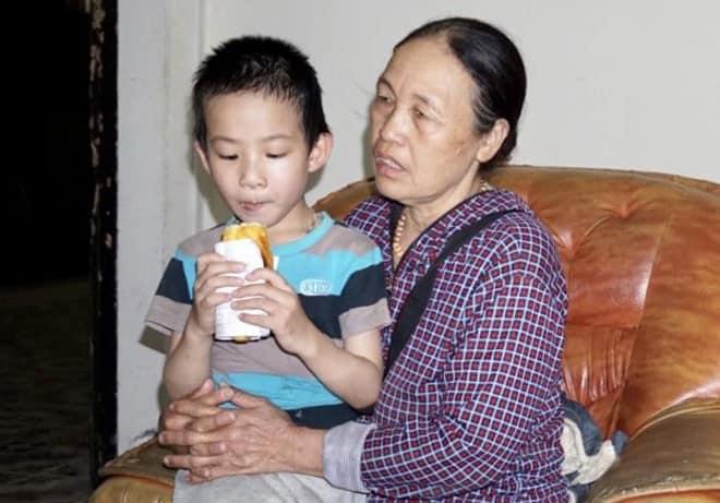 """Nỗi đau của người mẹ có con là trưởng nhóm """"Hội Thánh Đức Chúa Trời"""" - Ảnh 2."""