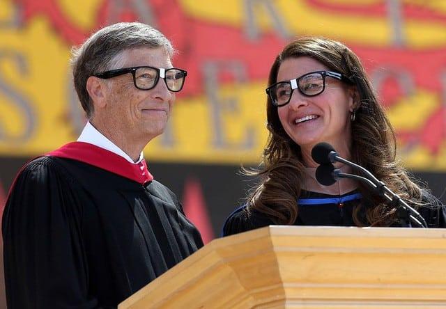 Tuổi thơ láu cá của Bill Gates: dùng phần mềm tự viết để xếp toàn bộ hot girl trong trường vào học cùng mình, đam mê lập trình đã giúp ông như vậy đó - Ảnh 11.