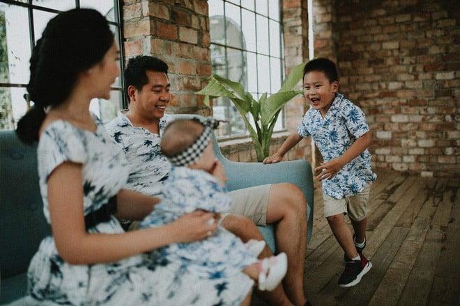 Làm thuê cho bếp ăn, 2h sáng dậy giao sữa: Cuộc sống chật vật nhưng hạnh phúc của đôi vợ chồng Việt kiều Úc - Ảnh 12.