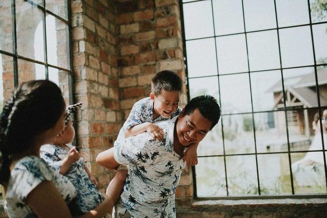 Làm thuê cho bếp ăn, 2h sáng dậy giao sữa: Cuộc sống chật vật nhưng hạnh phúc của đôi vợ chồng Việt kiều Úc - Ảnh 10.