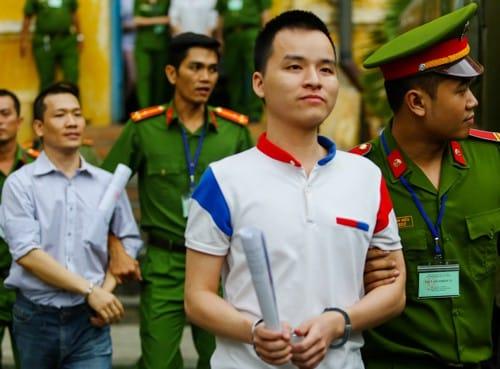 Các bị cáo sau phiên xử. Ảnh: Thành Nguyễn.