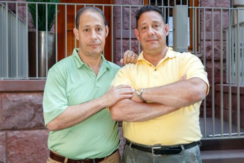 Robert (trái) và David ngày nay. Ảnh:Brian Zak.