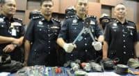 Malaysia bắt băng nhóm người Việt chuyên khoan trộm két sắt