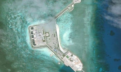 Đá Gaven, một trong 7 đá bị Trung Quốc bồi đắp trái phép thành đảo nhân tạo tại quần đảo Trường Sa của Việt Nam. Ảnh: CSIS/AMTI.