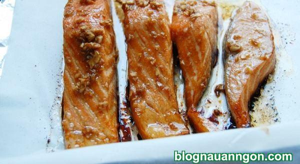 Ảnh minh họa 8 - Siêu nhanh món cá hồi nướng mật ong tuyệt ngon khiến mọi người mê mệt!