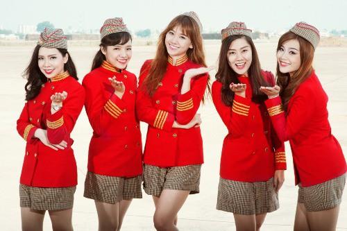 Ngày 16/11, tại lễ trao giải thường niên NOW Travel Asia Awards của tạp chí NOW Travel Asia tổ chức ở Thành phố Thành Đô (Trung Quốc), Vietjet Air được vinh danh giải thưởng Đồng phục tiếp viên đẹp nhất châu Á (Asias Best Flight Attendant Wardrobe).
