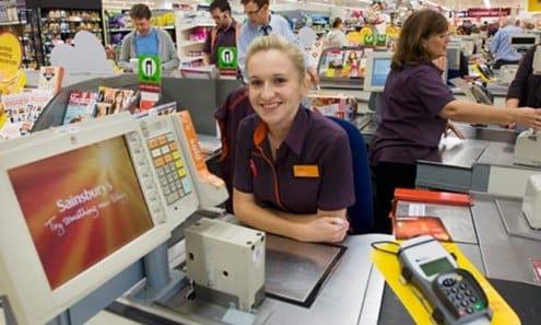 Nhân viên thu ngân là việc làm đang phát triển tại Úc