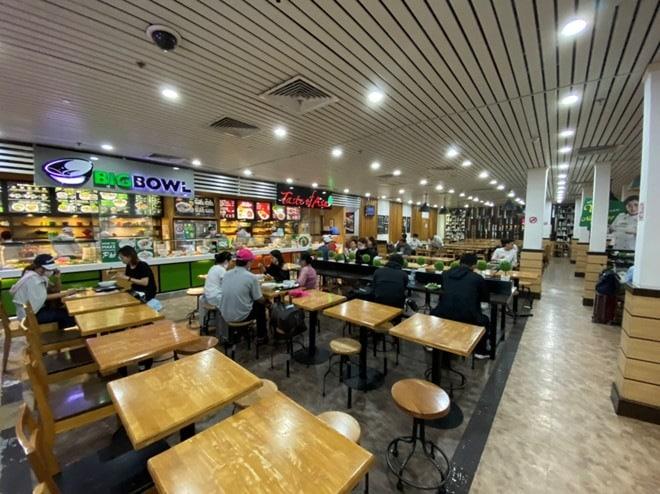 Viêm phổi Vũ Hán: Chưa bao giờ sân bay Tân Sơn Nhất vắng như thế - ảnh 8