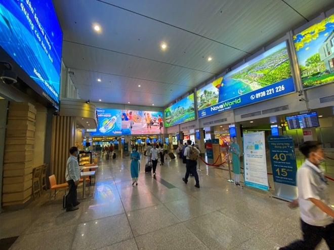 Viêm phổi Vũ Hán: Chưa bao giờ sân bay Tân Sơn Nhất vắng như thế - ảnh 3