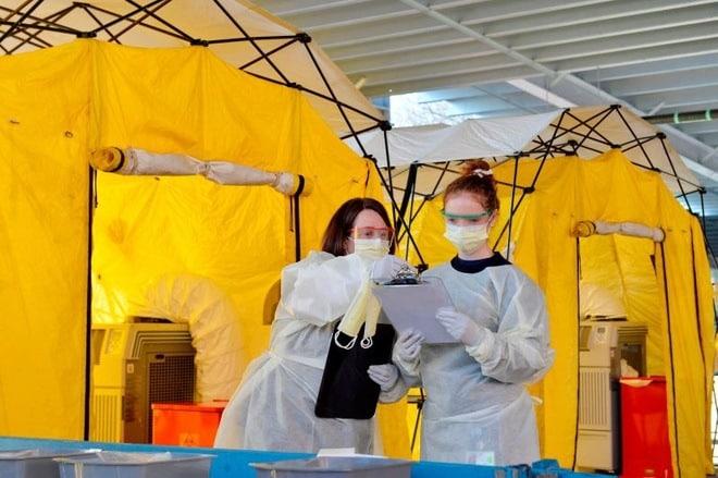 Benh nhan Covid-19 o My: 'Toi so hai nhin to hoa don gan 35.000 USD' hinh anh 1 Coronavirus_covid19_testing_treatment_US.jpg