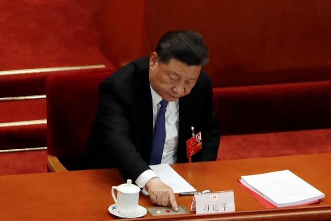 Trung Quoc thong qua quyet dinh ve luat an ninh quoc gia cho Hong Kong hinh anh 1 2020_05_28T071948Z_1630627625_RC2JXG9N68JB_RTRMADP_3_CHINA_PARLIAMENT.JPG