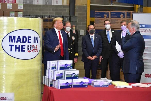 Hai đảng của Mỹ đồng lòng giúp các doanh nghiệp thoát Trung - Ảnh 1.