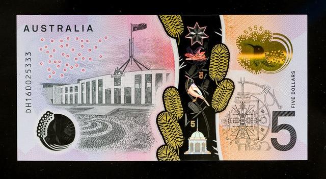 Australia tiết kiệm 1 tỷ đô la nhờ chuyển đổi từ tiền giấy sang tiền polymer - Ảnh 1.