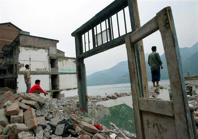 Ảnh độc thời dốc cạn sức xây đập Tam Hiệp Trung Quốc muốn giấu cả thế giới - Ảnh 5.
