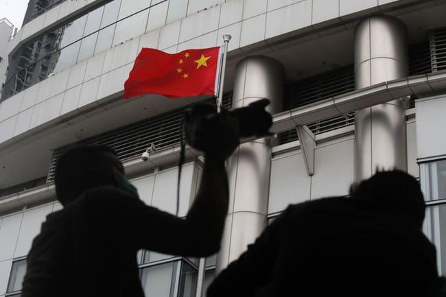 """Úc tuyên bố """"cưu mang"""" 10.000 người Hong Kong, Bắc Kinh """"nổi đóa"""" - Ảnh 1."""